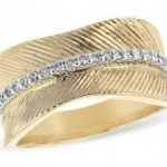 diamond and gold band 150x150 Top Trends in Bridal Jewellery