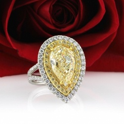 yellow diamond ring e1475088727627 Top Trends in Bridal Jewellery